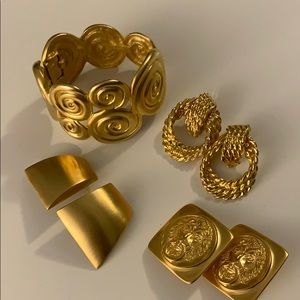 Earrings and bracelet lot gold tone